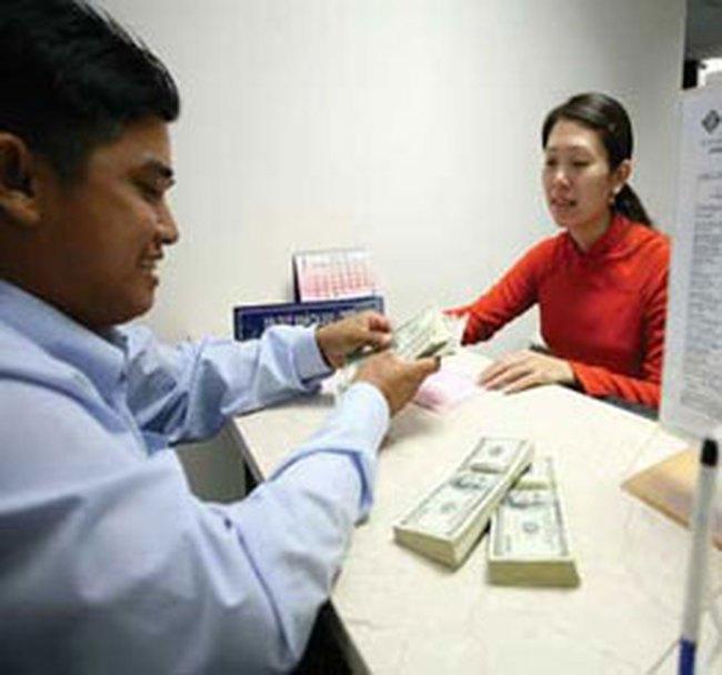 Sacombank cho doanh nghiệp xuất khẩu vay VND theo lãi suất USD