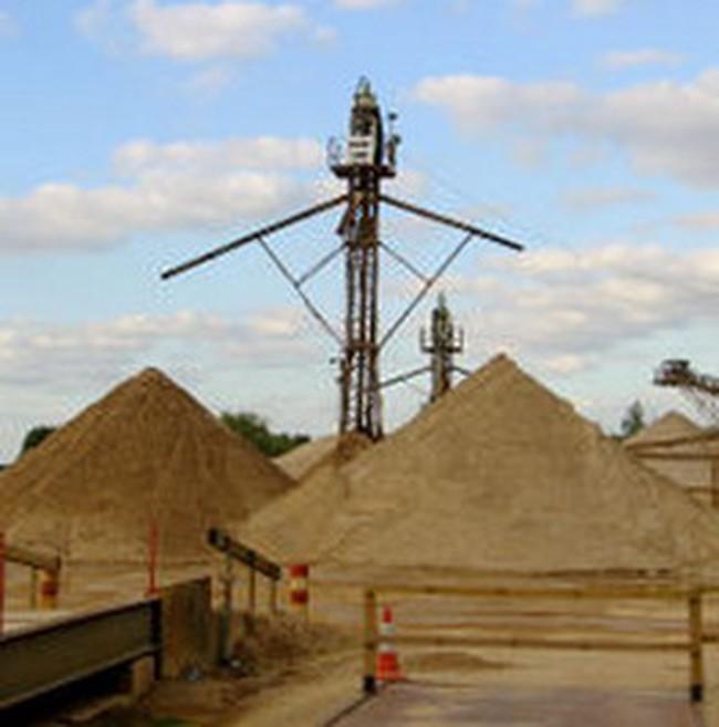 Tạm dừng xuất khẩu cát, sỏi xây dựng