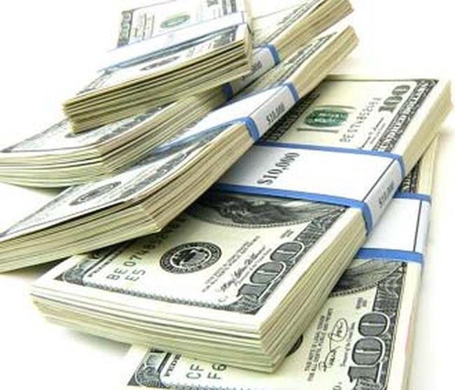 FED bơm tiền cứu thị trường tín dụng