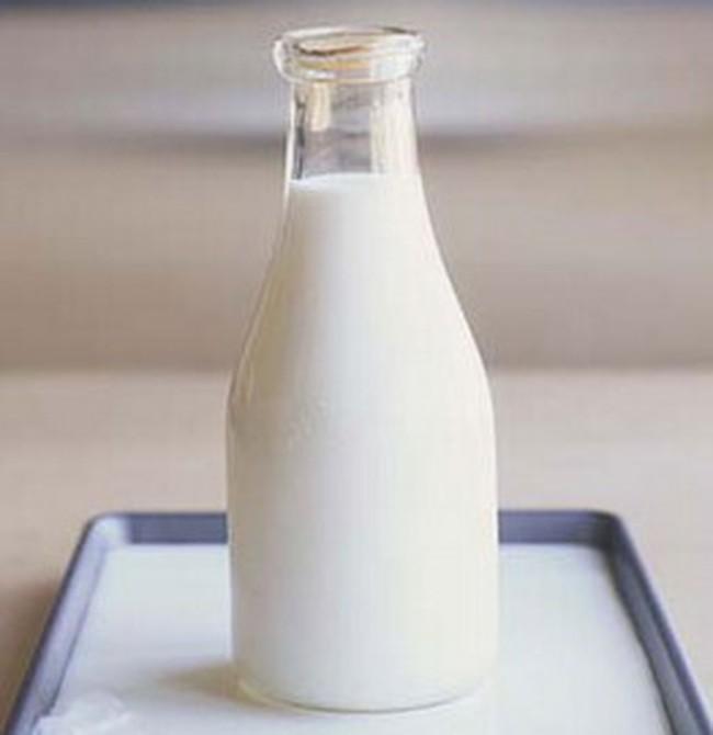 HNM thêm 3 mẫu sữa có melamine