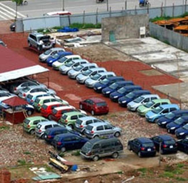 Lượng ô tô bán ra tháng 9 giảm mạnh