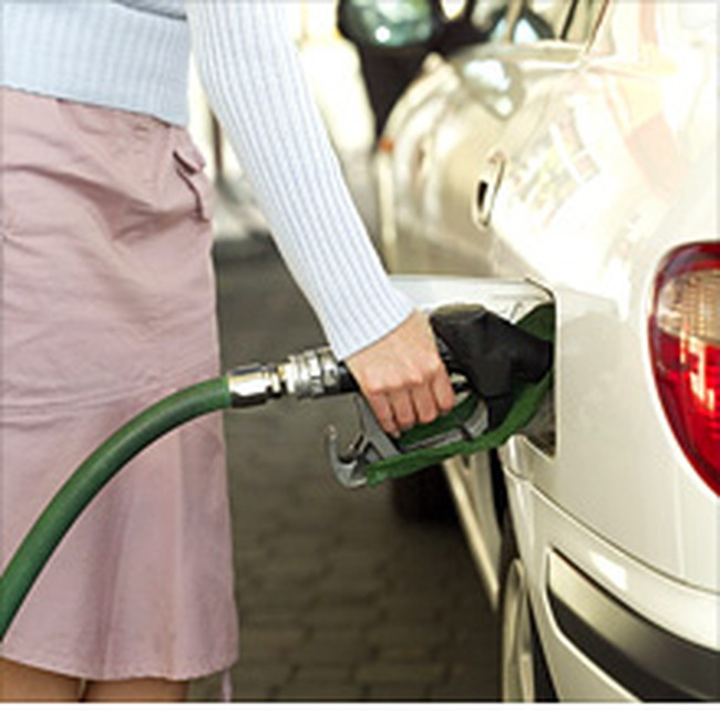 Tuần qua, giá dầu hạ mạnh nhất trong 5 năm