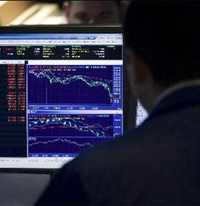 """Dow Jones lại về trạng thái """"rơi tự do"""""""