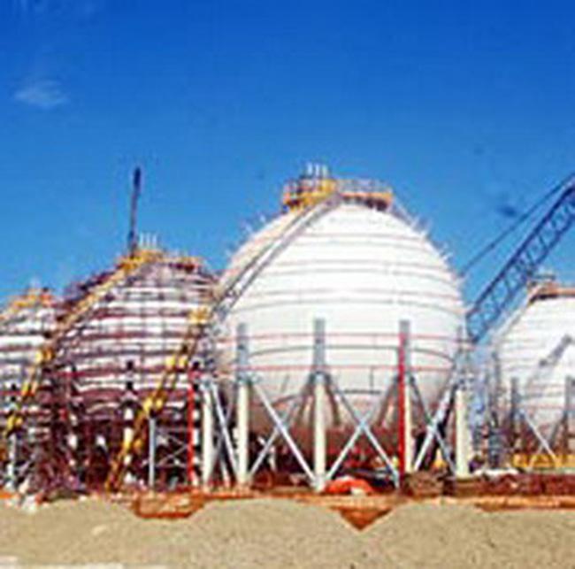 Nhà máy Dung Quất ký hợp đồng 3 tỉ USD mua dầu từ PV Oil