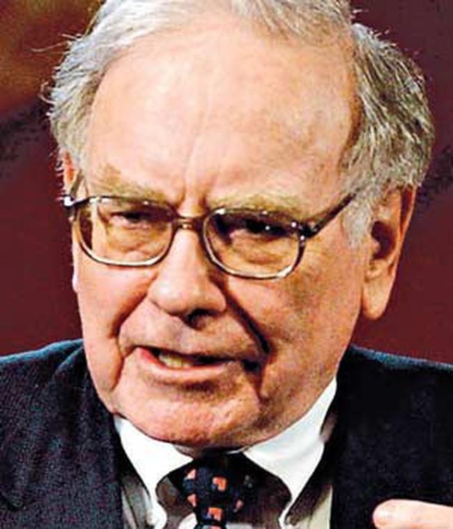 Warren Buffett: Tôi đang tham lam khi cả thị trường sợ hãi