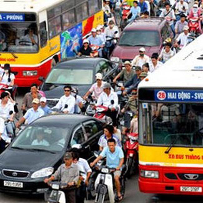 Giá xăng giảm, cước vận tải có giảm theo?