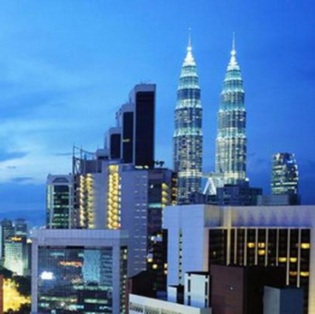 Malaysia bơm 1,4 tỷ USD vào thị trường chứng khoán
