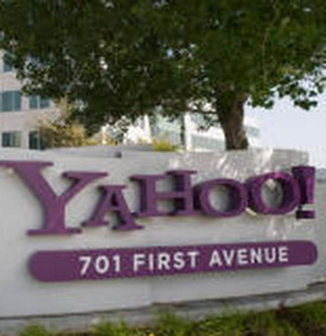 Yahoo: Lợi nhuận giảm 64%, đuổi việc 10% nhân viên