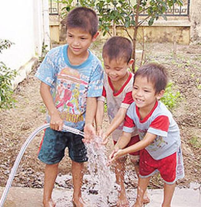 Tăng giá nước: Khó thuyết phục