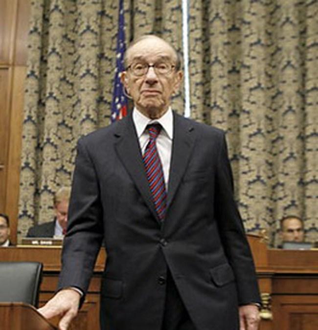 Alan Greenspan thừa nhận sai lầm trước Quốc hội