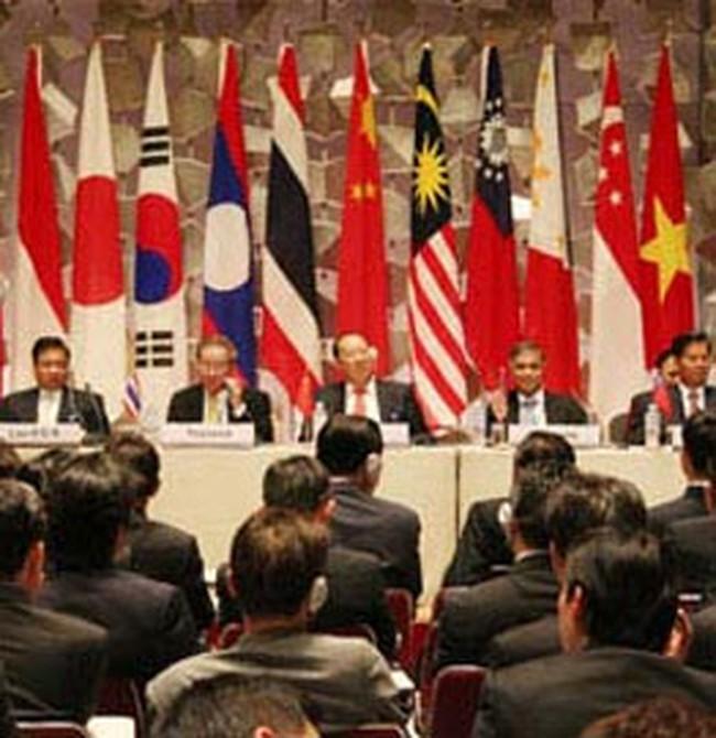 ASEAN+3 thành lập quỹ 80 tỷ USD chống khủng khoảng