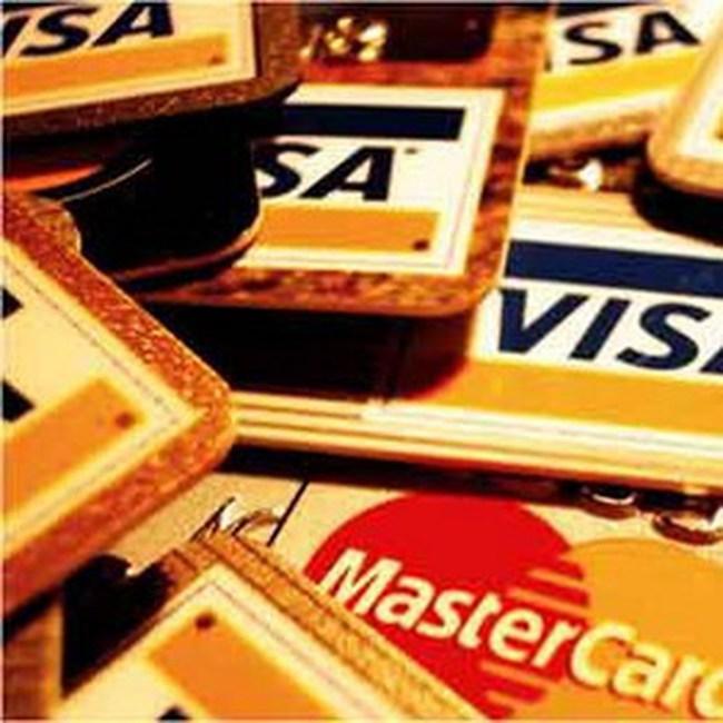 Thẻ tín dụng sẽ đẩy nước Mỹ đến khủng hoảng mới