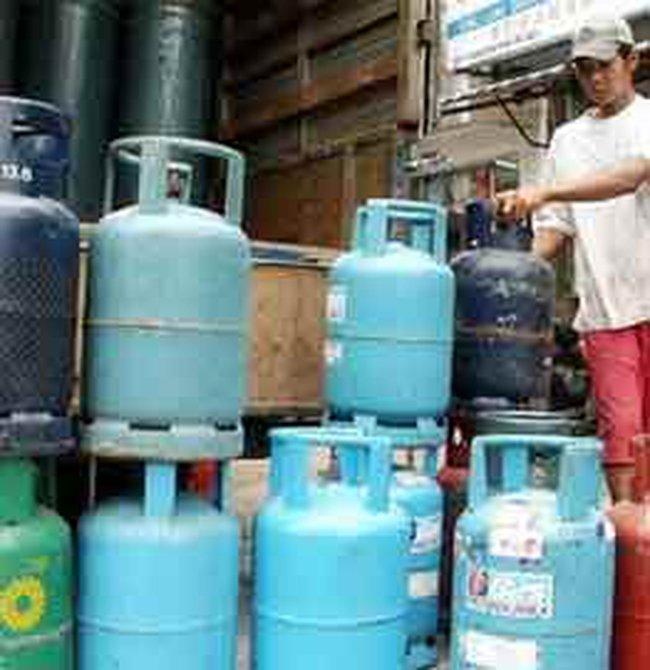 Giá gas giảm kỷ lục tới 62.000 đồng/bình