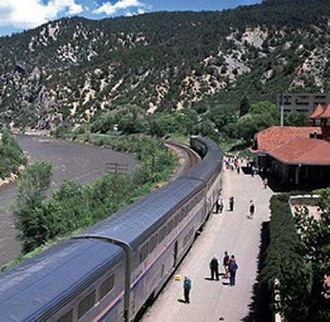 Mở tuyến đường sắt Hà Nội đến Hạ Long