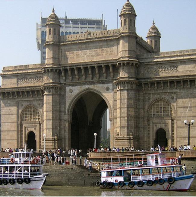 Ấn Độ tiếp tục hạ lãi suất, thông báo kế hoạch hỗ trợ kinh tế mới