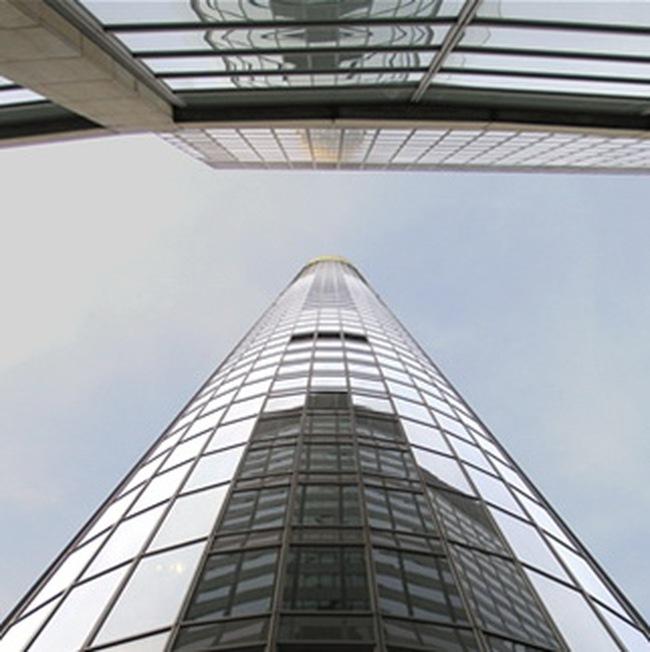 13,7 tỷ USD cứu ngân hàng lớn thứ 2 của Đức