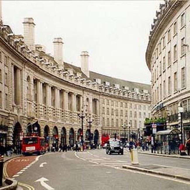 Giá nhà hạng sang tại London hạ mạnh nhất trong 3 thập kỷ