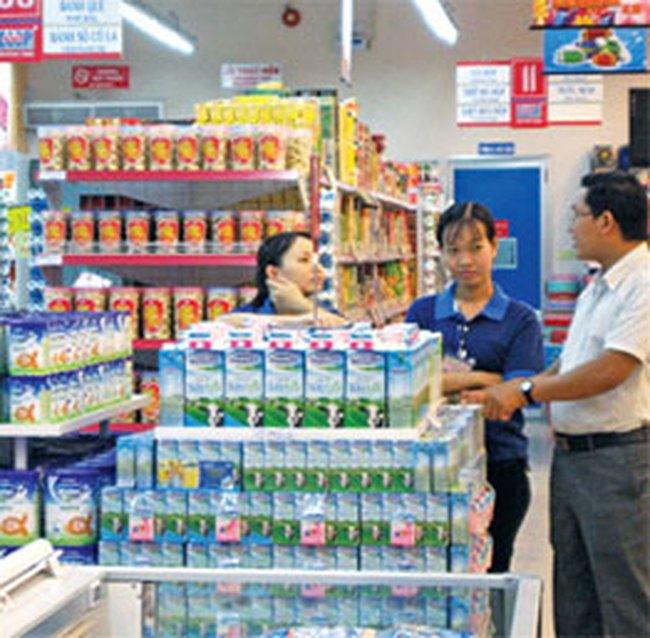 Nguyên liệu giảm, giá sữa vẫn tăng