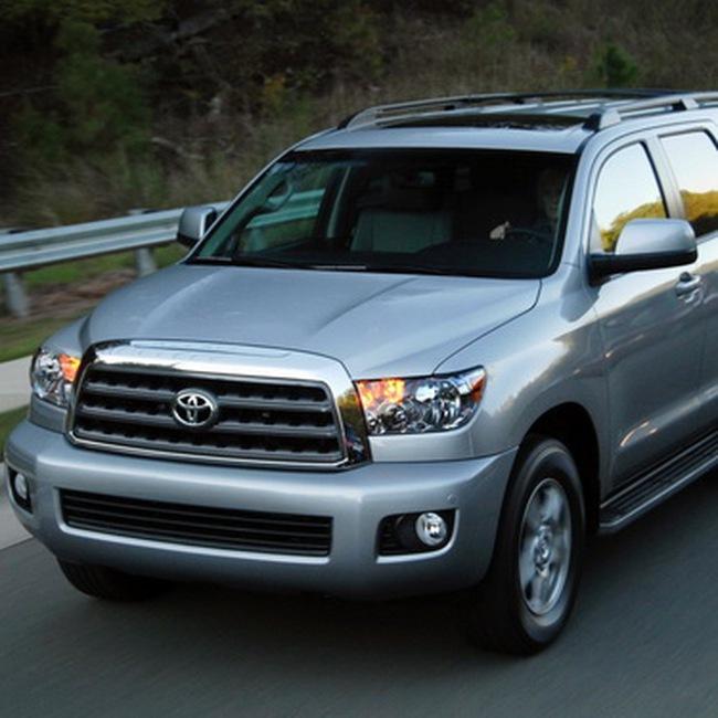 Toyota đổi chủ tịch mới khi tình hình kinh doanh khó khăn