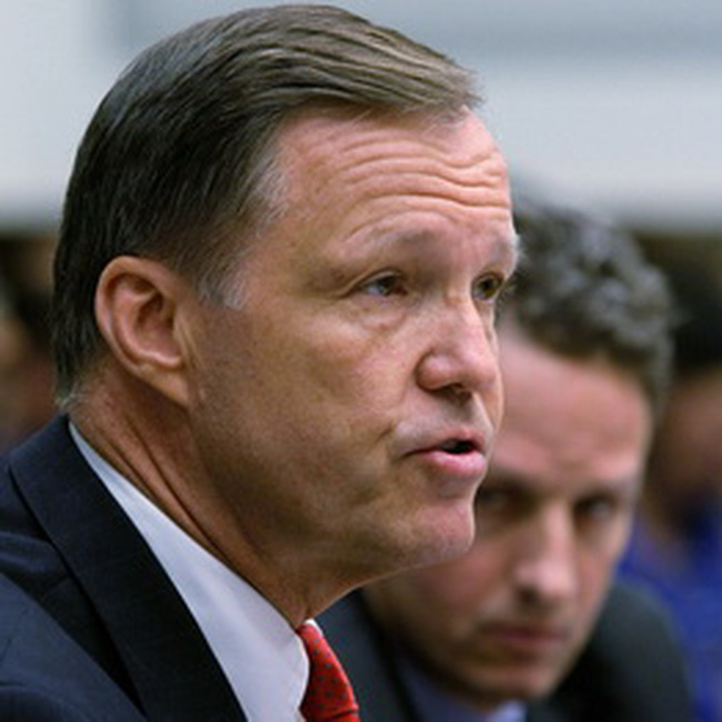 Chủ tịch Ủy ban chứng khoán Mỹ chính thức từ chức