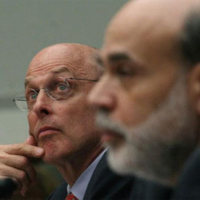 Ngân hàng, tổ chức đầu tư giảm vay tiền từ FED