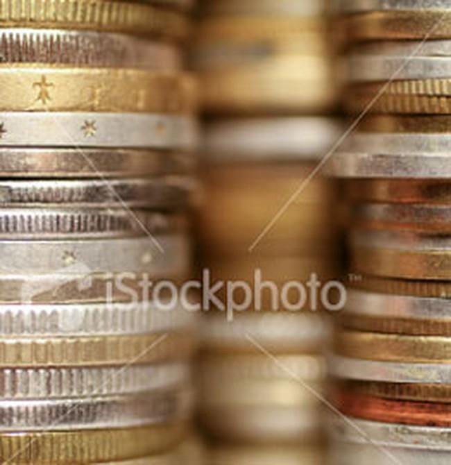 USD tăng lên 17.800 đồng, vàng tăng mạnh