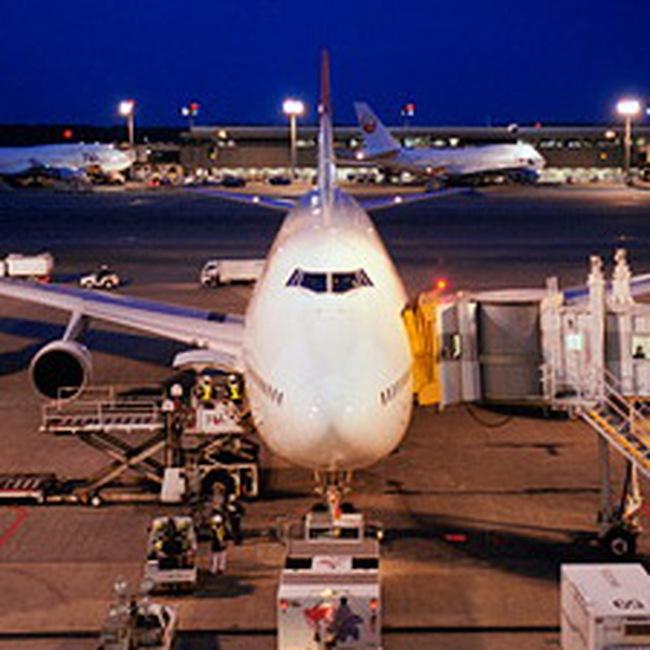 Hãng hàng không lớn nhất châu Á cắt giảm mạnh chi phí