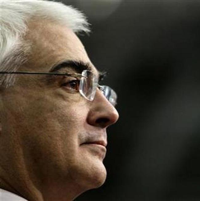 Bộ trưởng Tài chính Anh: Kinh tế Anh sẽ suy thoái cả năm 2009