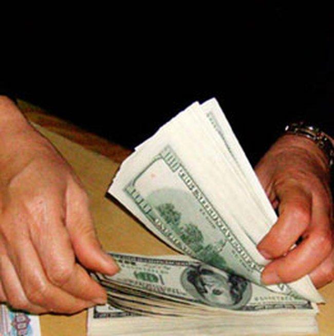 Vì sao doanh nghiệp khó vay USD từ ngân hàng?