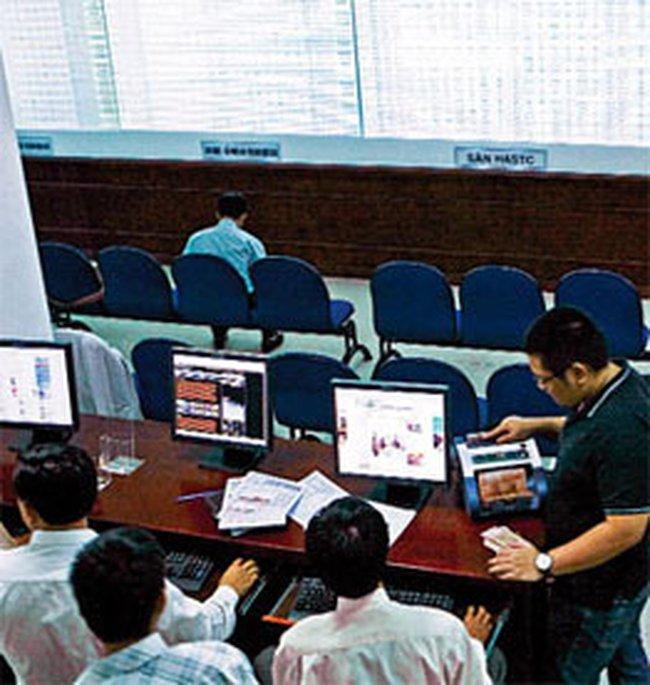 VN-Index dậy sóng: Nhà đầu tư nước ngoài ở đâu?