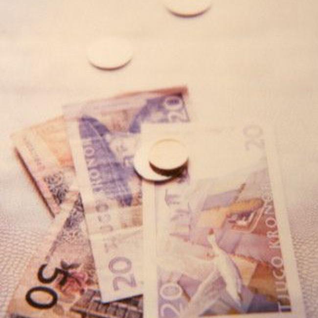 Thuỵ Điển hạ lãi suất xuống thấp kỷ lục