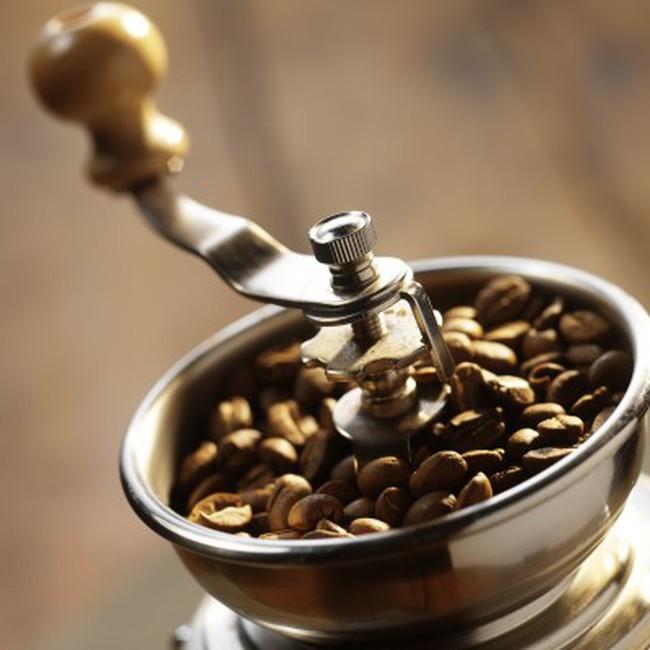 Giá cà phê tăng, ca cao hạ