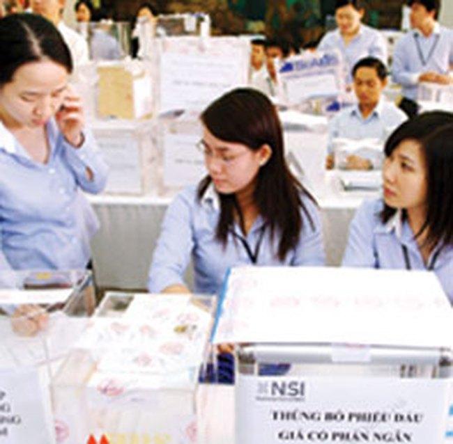 Doanh nghiệp 'canh' thị trường để IPO