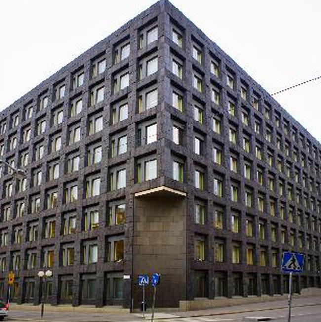 Thụy Điển hạ lãi suất xuống thấp kỷ lục, dành 13 tỷ USD cứu ngân hàng