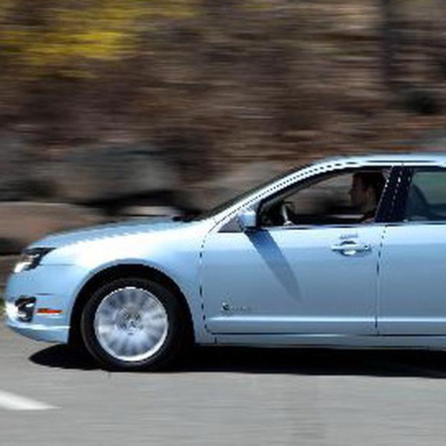 Doanh số GM, Toyota thấp kéo doanh số ô tô Mỹ tháng 6/2009 giảm