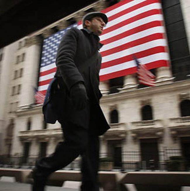 """Kế hoạch cải cách ngành tài chính Mỹ đương đầu với """"bão tố"""""""