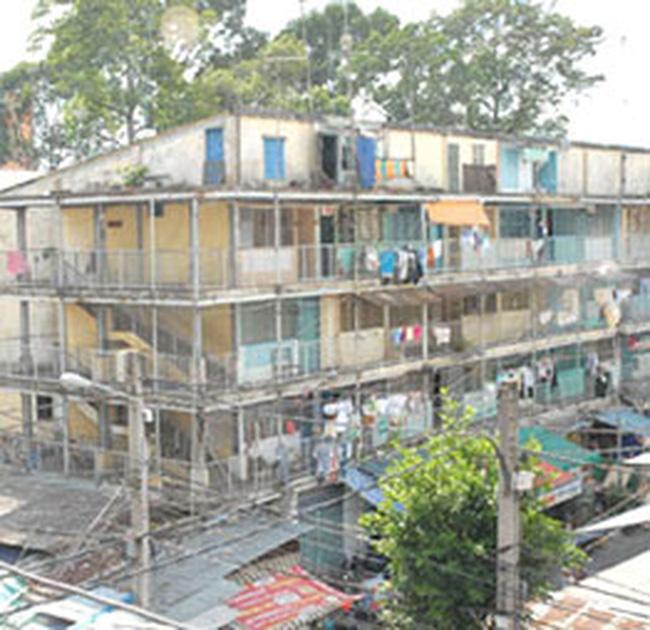 Tp.HCM: 'Săn' căn hộ chung cư… nát