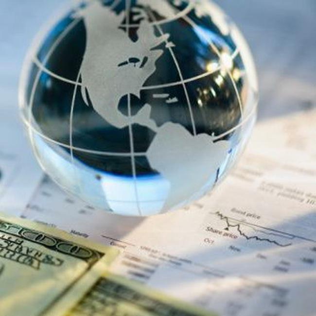 IMF nâng dự báo tăng trưởng kinh tế toàn cầu năm 2010