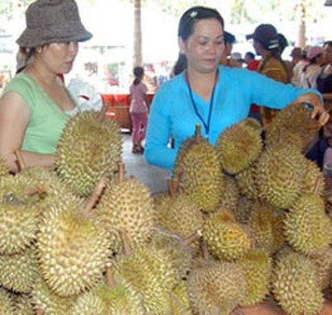 Trái cây Đồng bằng sông Cửu Long ùn ùn tăng giá