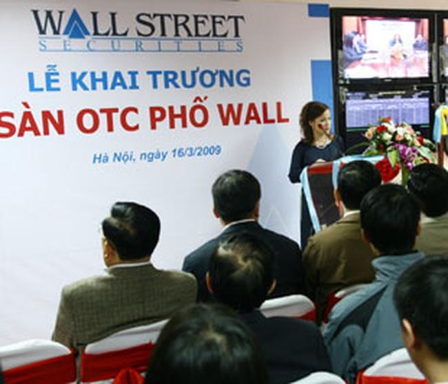 Công ty Chứng khoán Phố Wall bác khiếu nại của nhà đầu tư