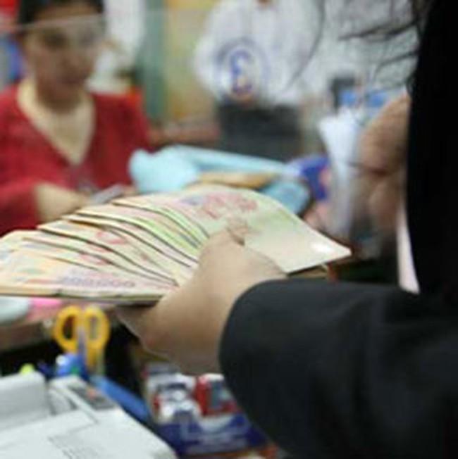 Siết chặt lại việc cung cấp tín dụng