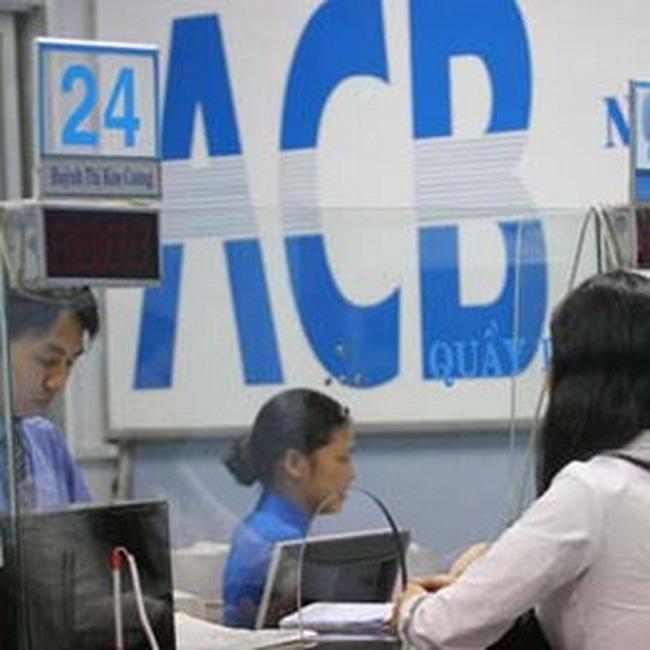 ACB: Vợ phó TGĐ mua thêm cổ phiếu