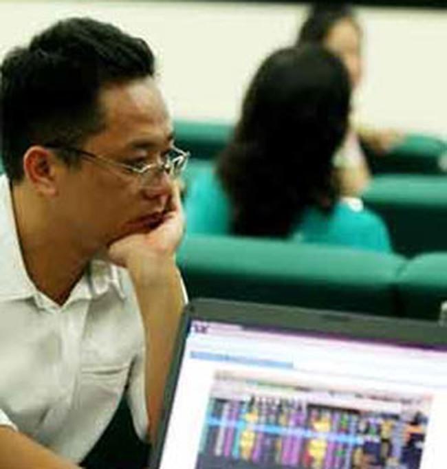Thị trường bàng quan trước thông tin vĩ mô