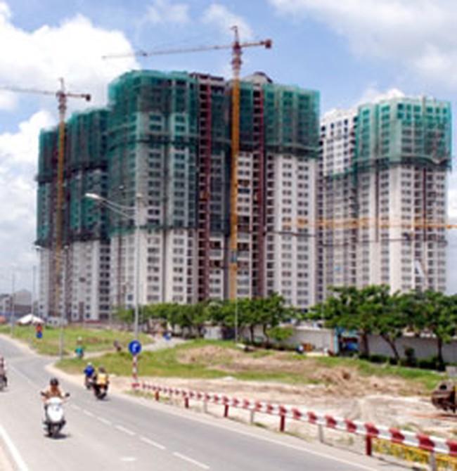 Nền đất tăng giá, căn hộ giảm nhẹ