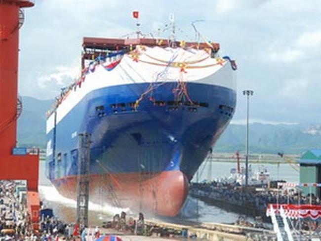 Vinashin hạ thủy tàu chở ôtô cỡ lớn trên thế giới