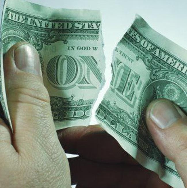 Hai quỹ hưu trí lớn nhất Mỹ thua lỗ nặng