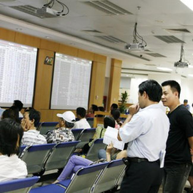 Giao dịch giảm mạnh xuống dưới 700 tỷ, VN-Index tăng nhẹ 0,73%
