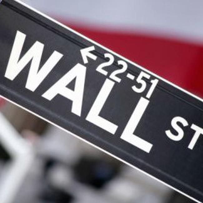 Dow Jones vượt 9.000 điểm lần đầu tiên từ tháng 1/2009