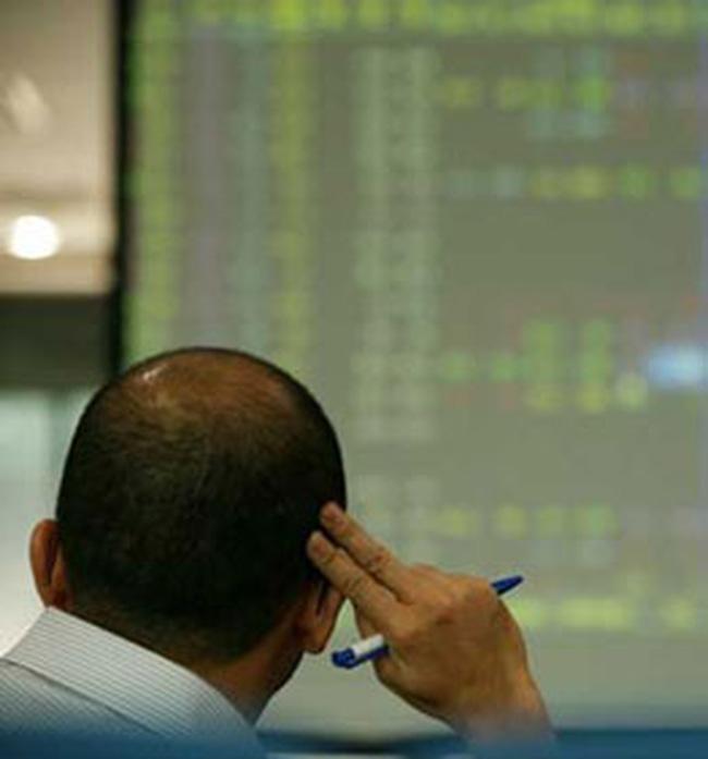 Giá cổ phiếu đang 'nhìn' vào biến động ngân hàng