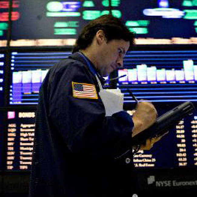 S&P 500 vượt 1 nghìn điểm lần đầu từ tháng 11/2008
